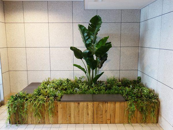 壁面緑化・フェイク 福岡市中央区けやき通り花屋BAROQUEバロック
