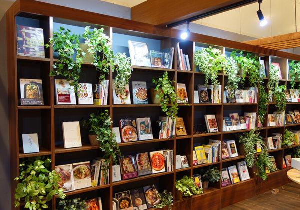 福岡の店舗の花・造花装飾
