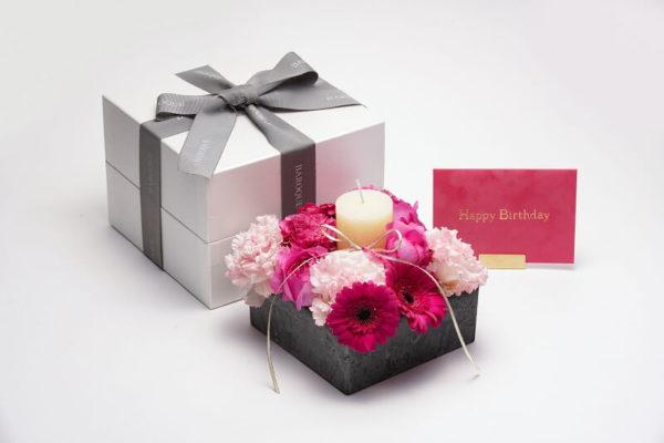 高級感のあるお花の誕生日プレゼント 福岡市中央区けやき通り花屋BAROQUEバロック