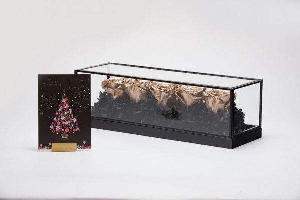 高級感のあるプリザーブドフラワーのクリスマスプレゼント