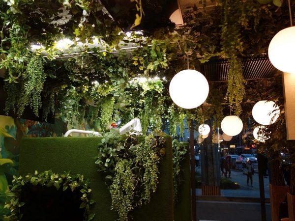 人工植物、フェイク植物の装飾